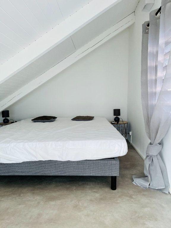 Appartement à louer 2 52m2 à Pointe-à-Pitre vignette-11