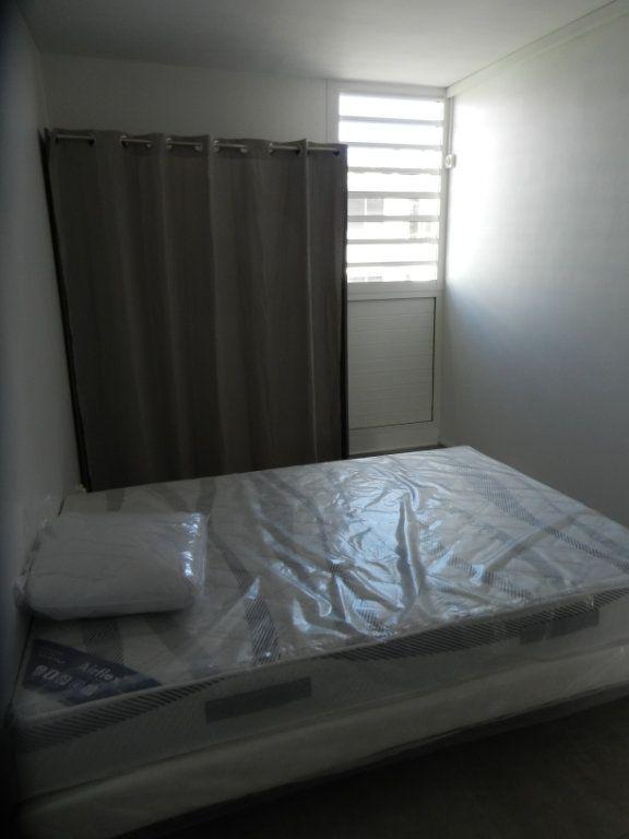 Appartement à vendre 3 45.46m2 à Pointe-à-Pitre vignette-14