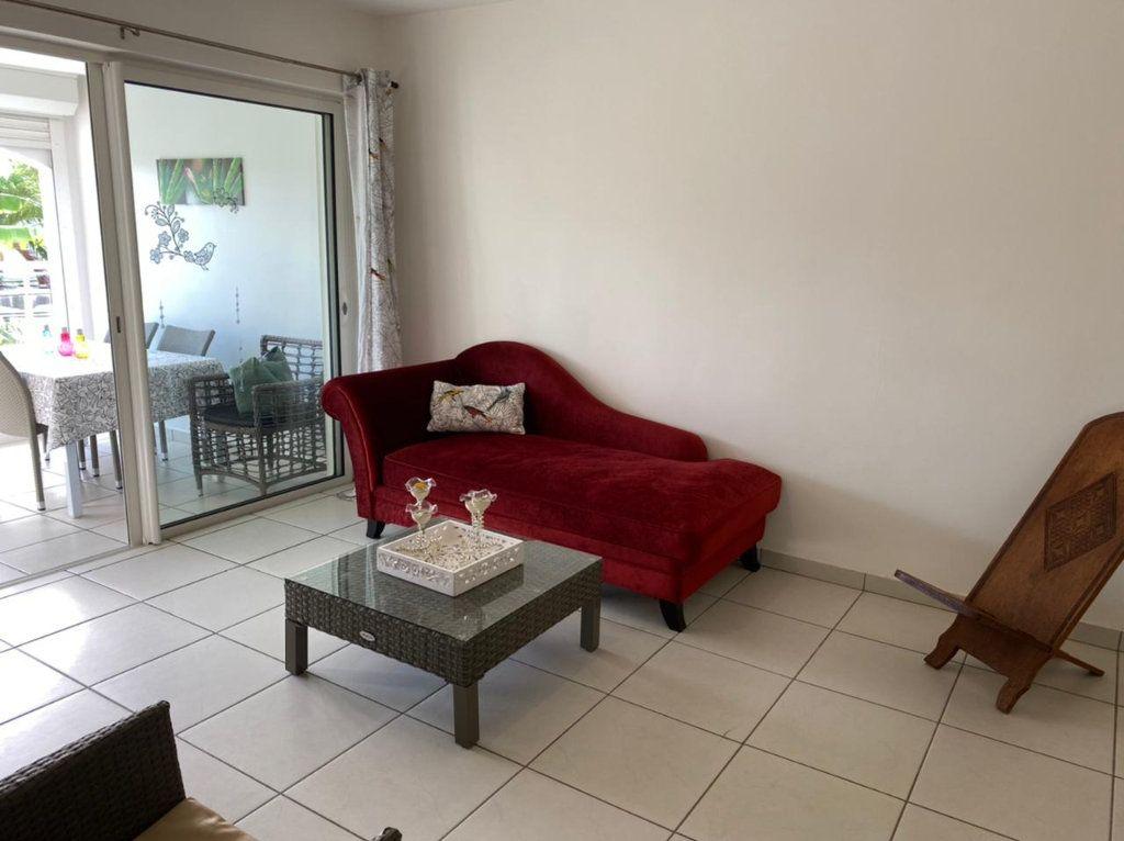 Appartement à louer 2 45m2 à Saint-François vignette-2