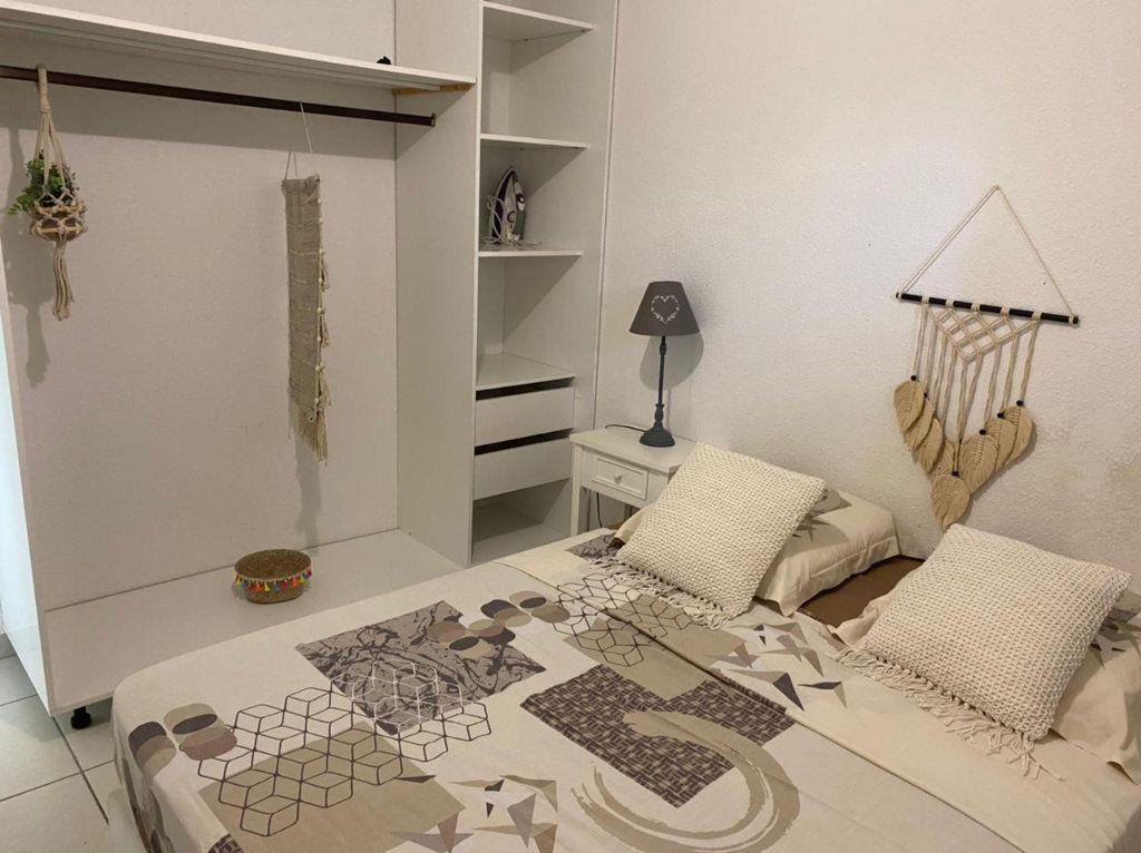 Appartement à louer 2 45m2 à Saint-François vignette-6