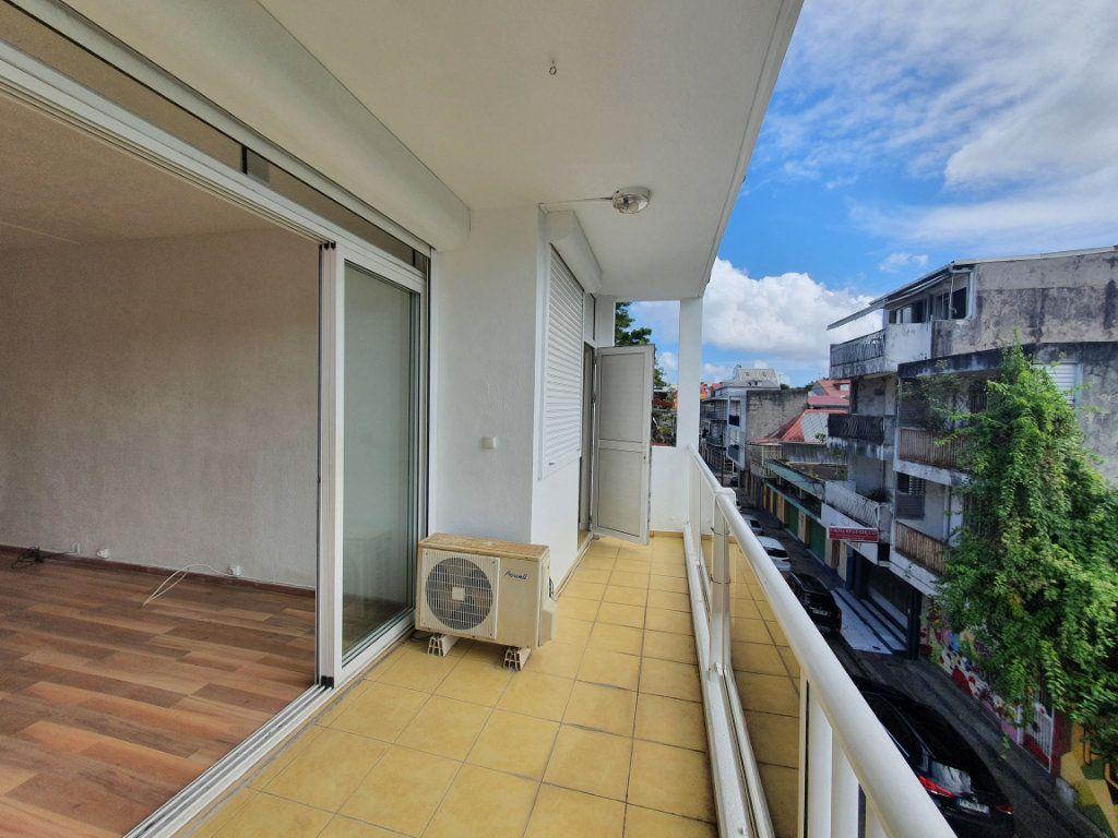 Appartement à vendre 3 63.19m2 à Pointe-à-Pitre vignette-10