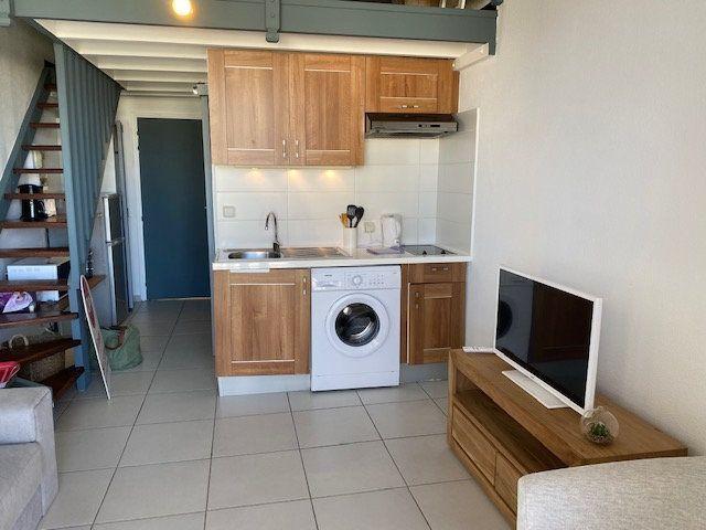 Appartement à louer 2 30.07m2 à Saint-François vignette-8