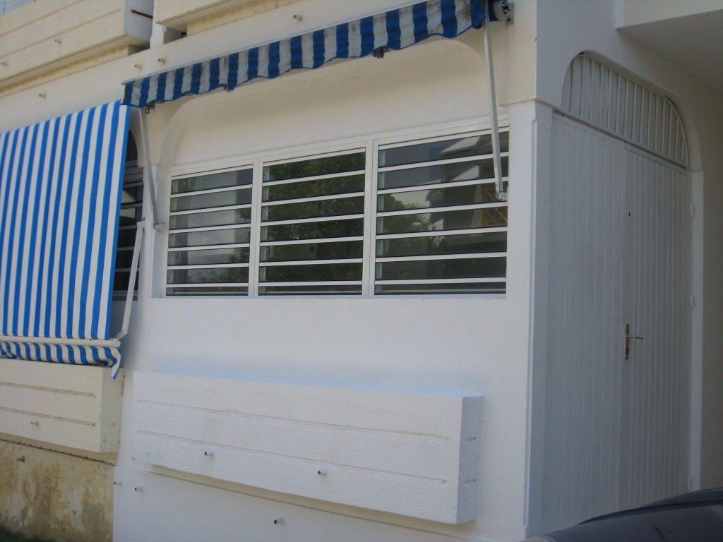 Appartement à louer 1 29.09m2 à Le Gosier vignette-8