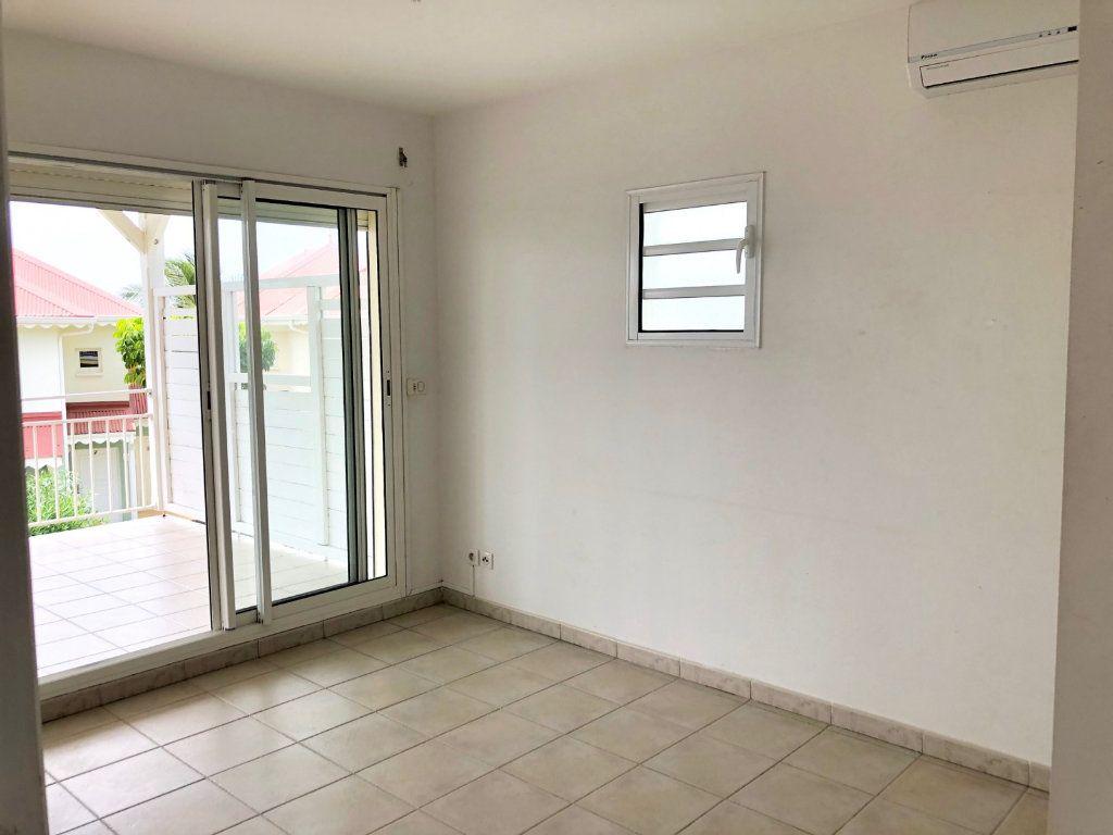 Appartement à vendre 3 60m2 à Le Moule vignette-6