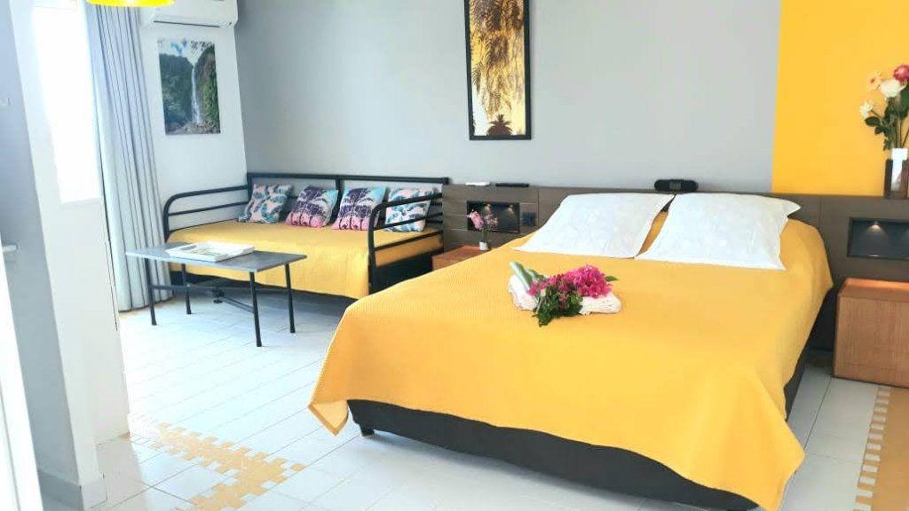 Appartement à vendre 1 25m2 à Saint-François vignette-3