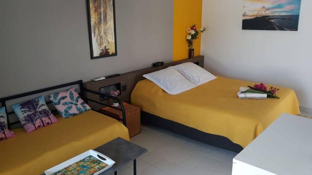 Appartement à vendre 1 25m2 à Saint-François vignette-6