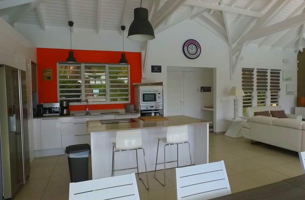 Maison à vendre 7 230m2 à Sainte-Anne vignette-13