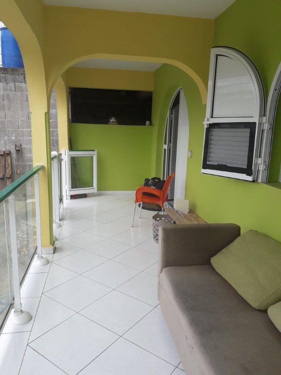 Appartement à louer 2 42m2 à Sainte-Anne vignette-6