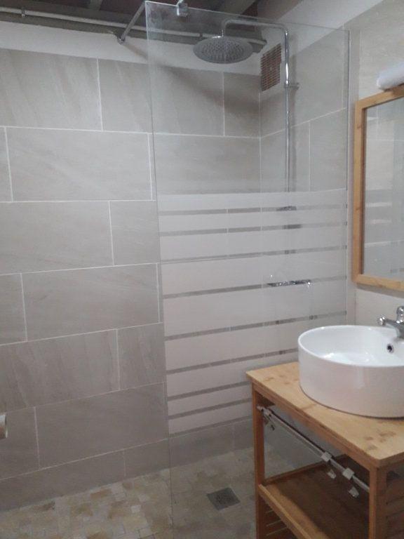 Appartement à louer 2 30.07m2 à Saint-François vignette-4