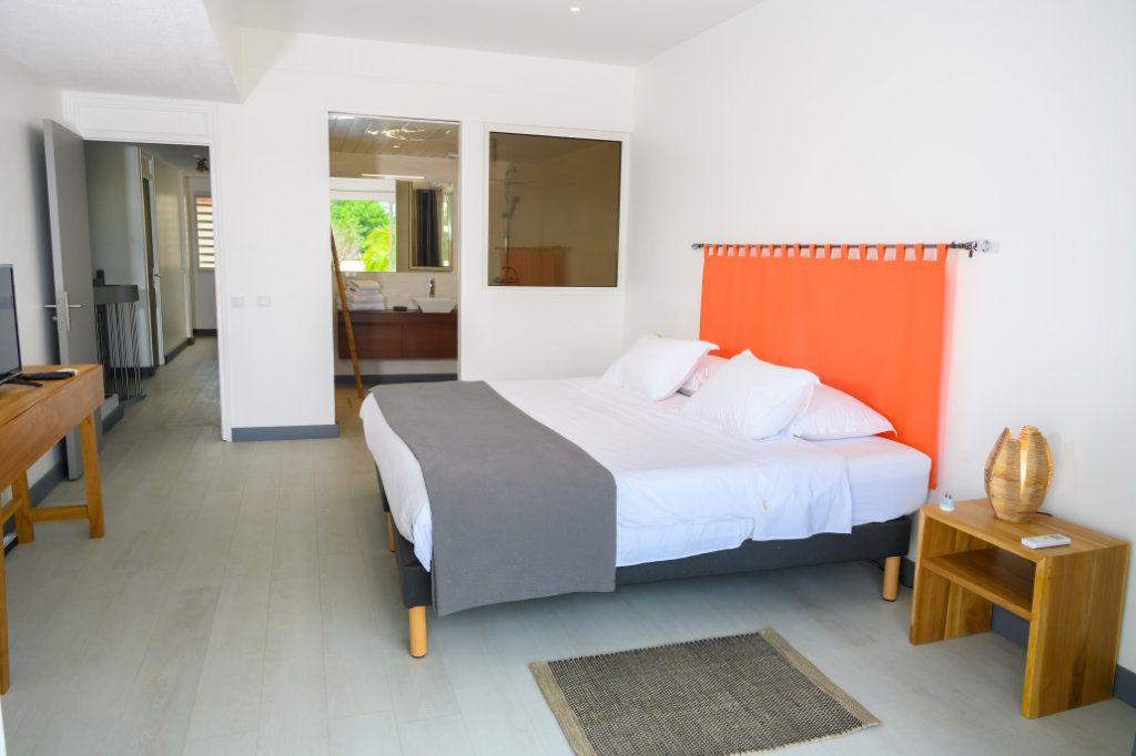 Appartement à vendre 4 139.92m2 à Pointe-à-Pitre vignette-5