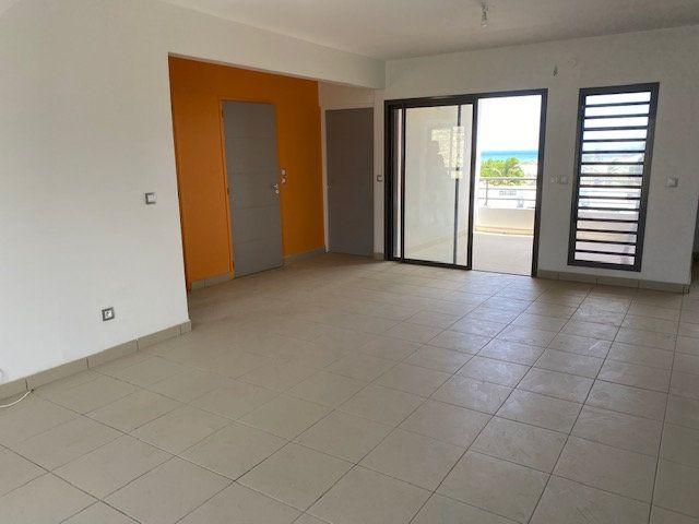 Appartement à louer 3 65.29m2 à Saint-François vignette-3