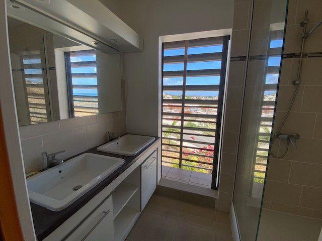 Appartement à louer 3 65.29m2 à Saint-François vignette-6