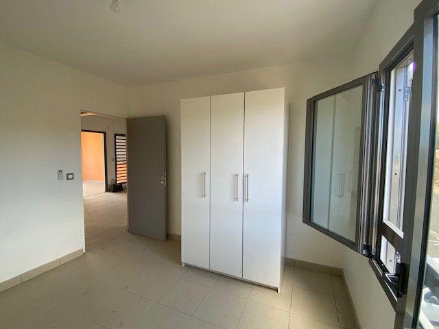 Appartement à louer 3 65.29m2 à Saint-François vignette-8