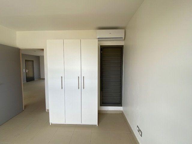 Appartement à louer 3 65.29m2 à Saint-François vignette-9