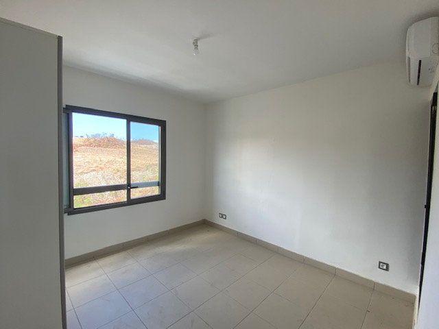 Appartement à louer 3 65.29m2 à Saint-François vignette-10