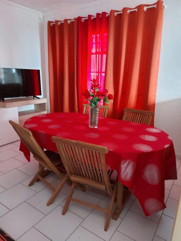 Appartement à louer 3 56.56m2 à Le Moule vignette-8