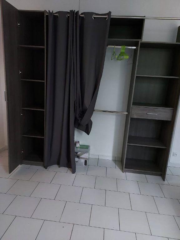 Appartement à louer 3 56.56m2 à Le Moule vignette-13