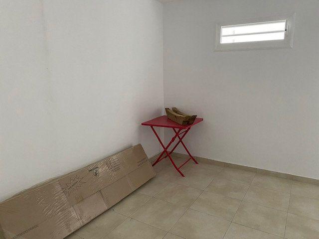 Appartement à louer 1 36m2 à Les Abymes vignette-4