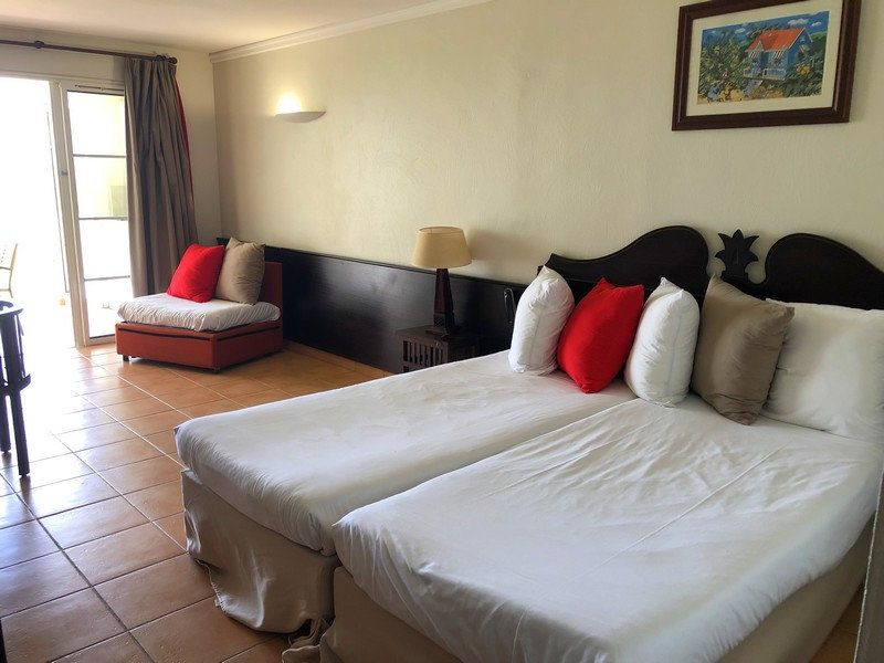 Appartement à vendre 1 25.42m2 à Sainte-Anne vignette-2