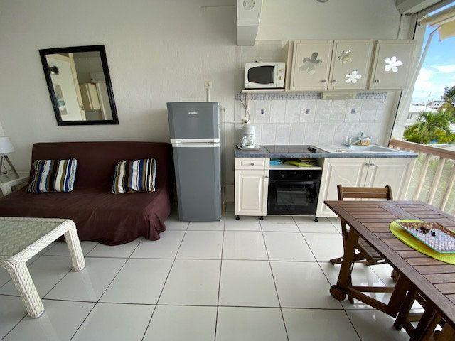 Appartement à louer 1 24.99m2 à Saint-François vignette-3