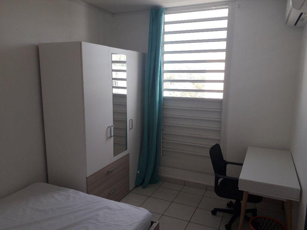 Appartement à louer 4 58.85m2 à Les Abymes vignette-7