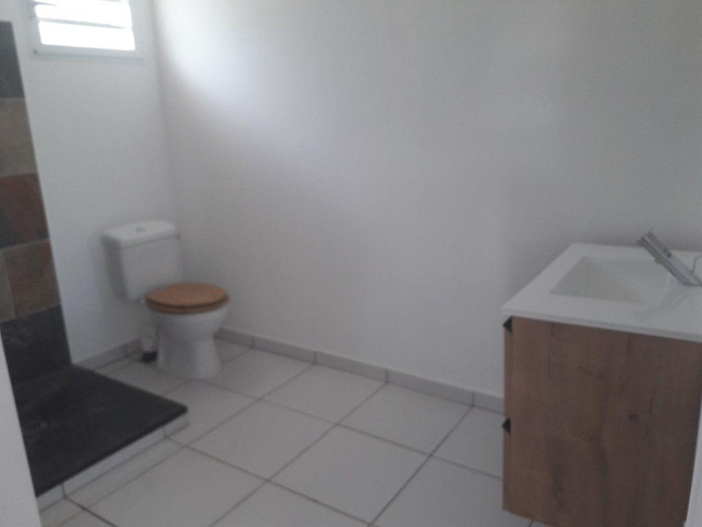Appartement à louer 2 38m2 à Le Gosier vignette-3