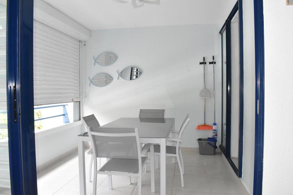 Appartement à louer 3 65m2 à Le Gosier vignette-1