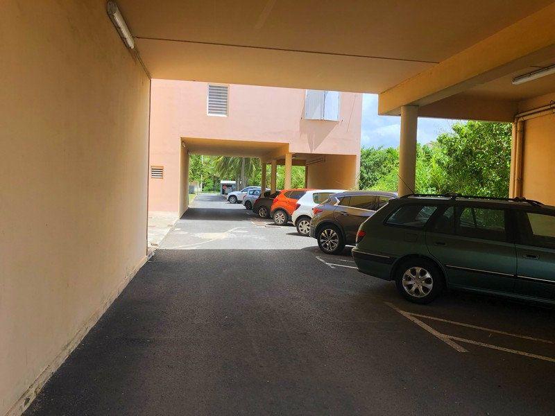 Appartement à vendre 2 40.9m2 à Sainte-Anne vignette-5