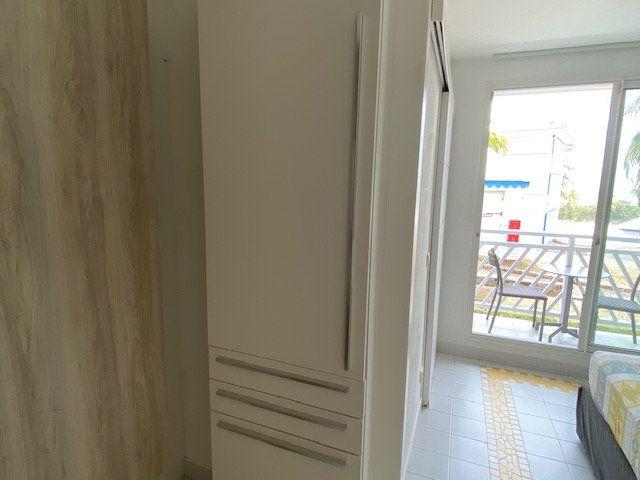 Appartement à louer 1 19.46m2 à Petit-Bourg vignette-12