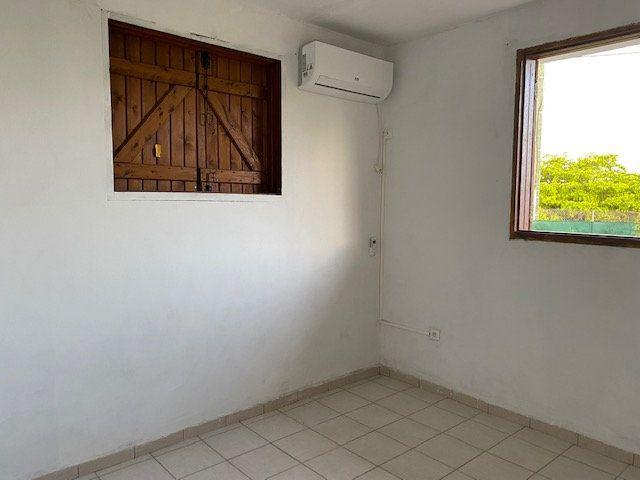 Appartement à louer 2 37.11m2 à Le Moule vignette-7