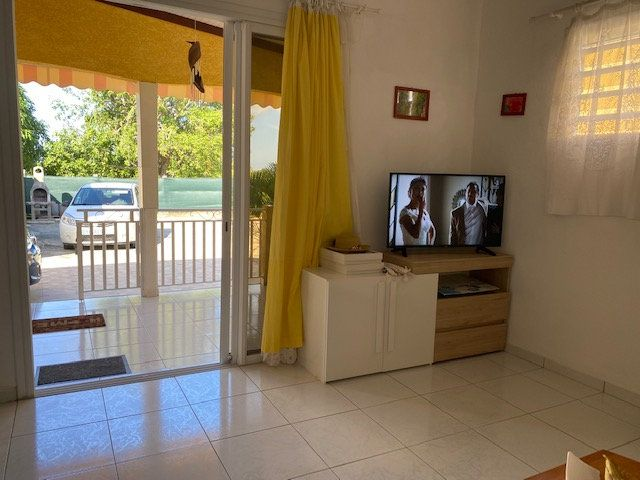 Maison à louer 3 68.62m2 à Le Moule vignette-9