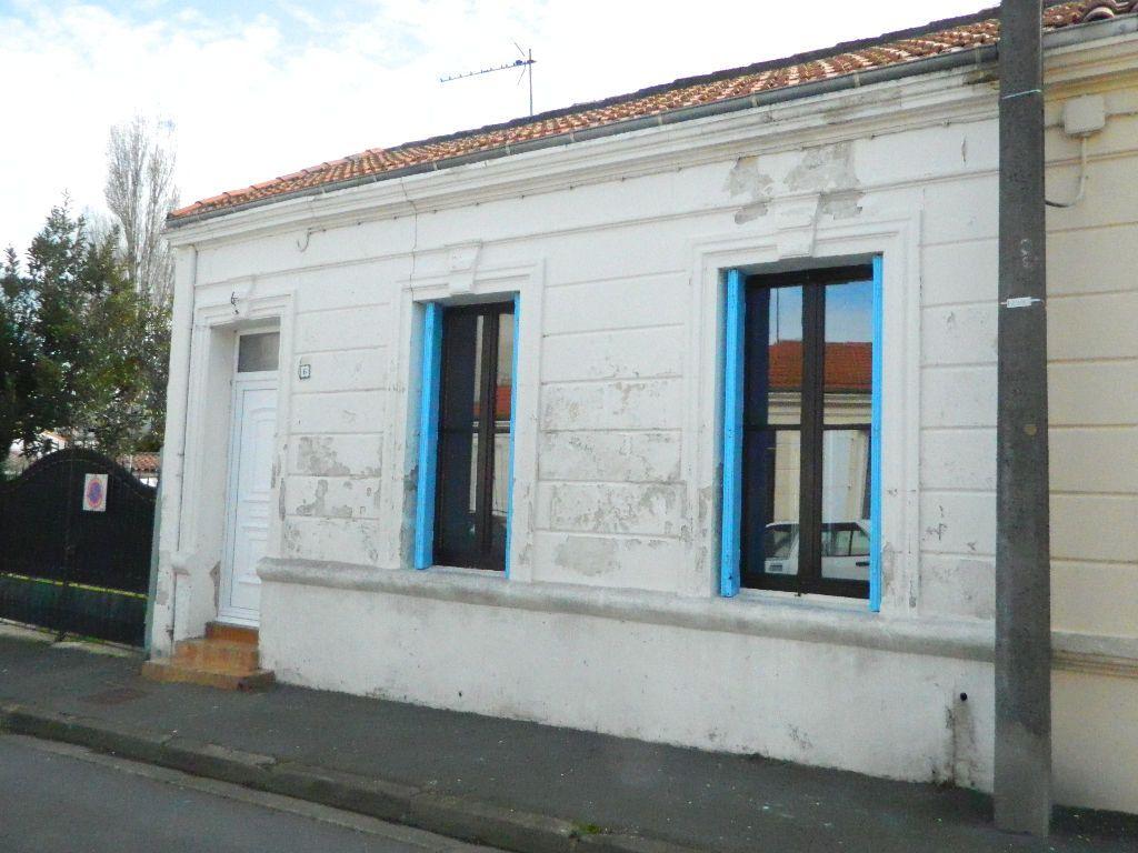 Maison à louer 3 63.72m2 à Rochefort vignette-2