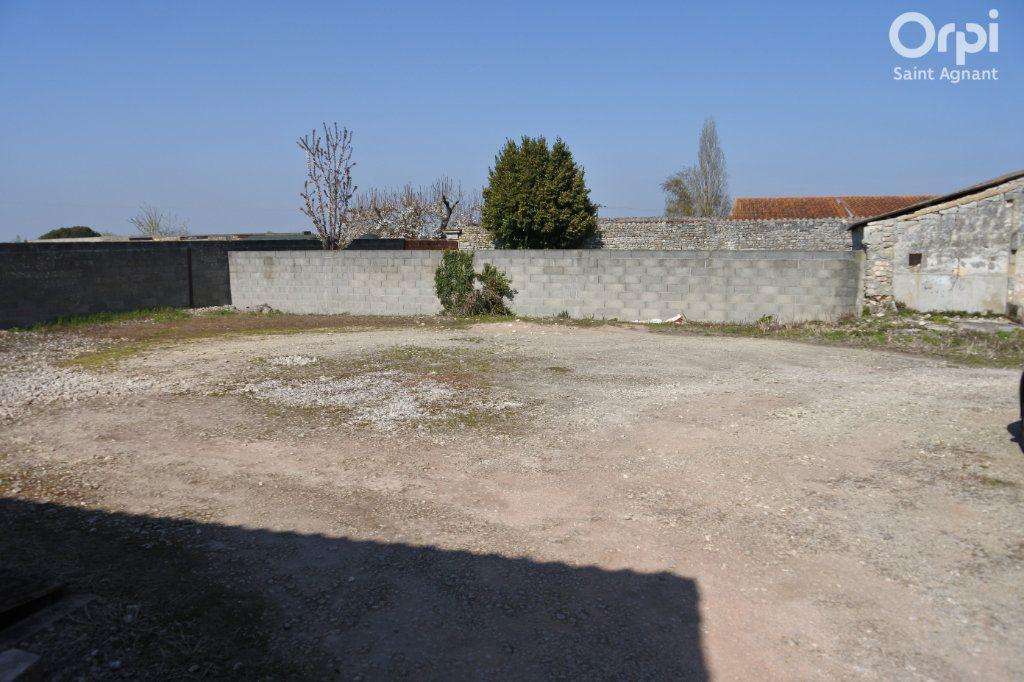 Maison à vendre 12 175m2 à Saint-Agnant vignette-5