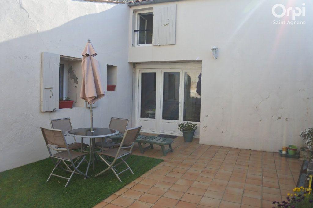 Maison à vendre 12 175m2 à Saint-Agnant vignette-12