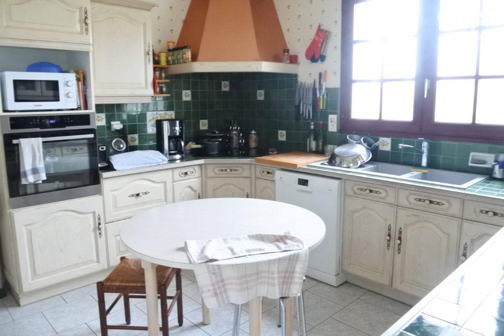 Maison à vendre 6 184m2 à Saint-Jean-d'Angle vignette-4