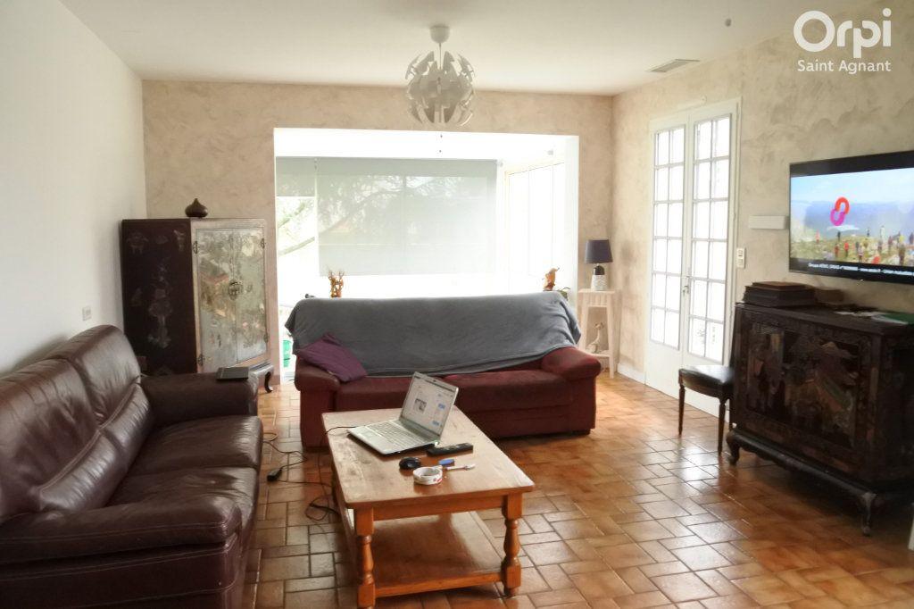 Maison à vendre 6 184m2 à Saint-Jean-d'Angle vignette-6