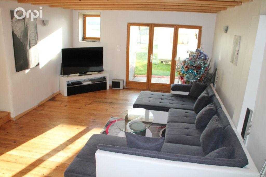 Maison à vendre 5 127m2 à Saint-Hippolyte vignette-3