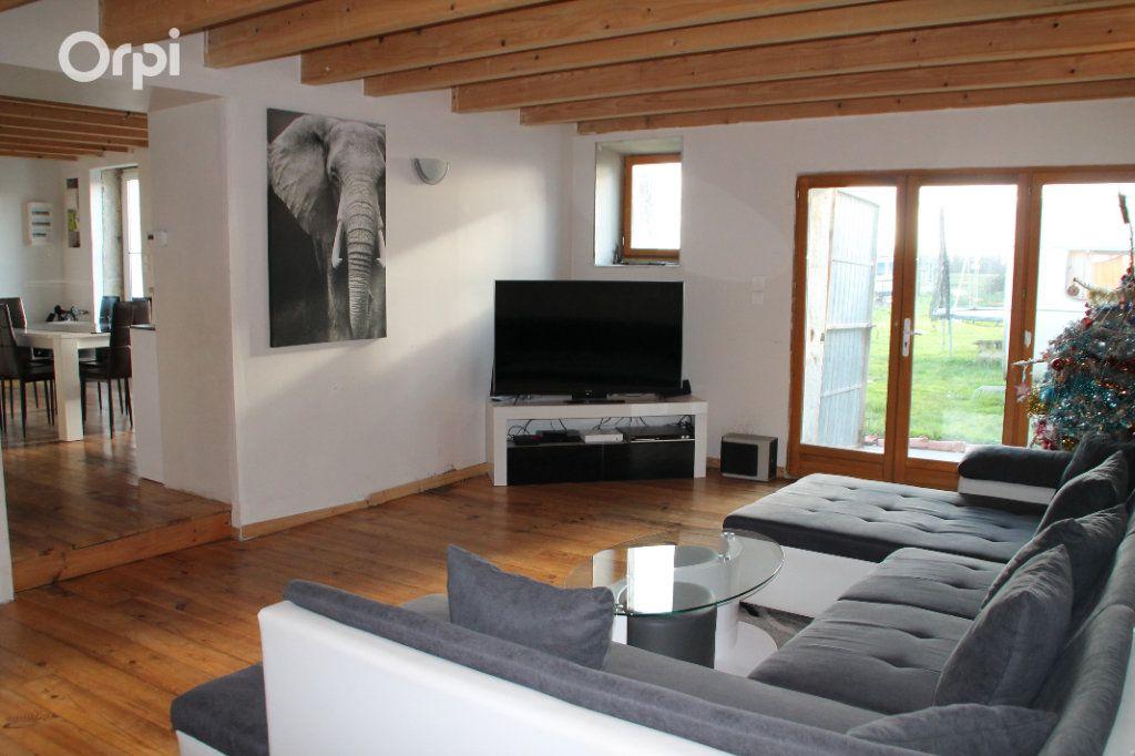 Maison à vendre 5 127m2 à Saint-Hippolyte vignette-4