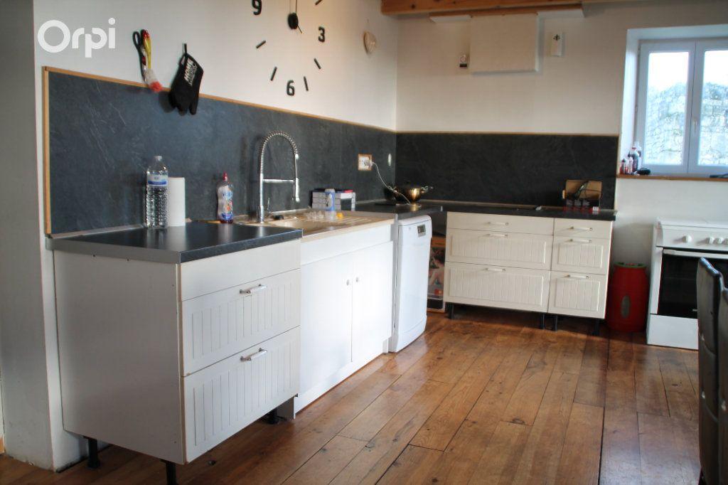 Maison à vendre 5 127m2 à Saint-Hippolyte vignette-6