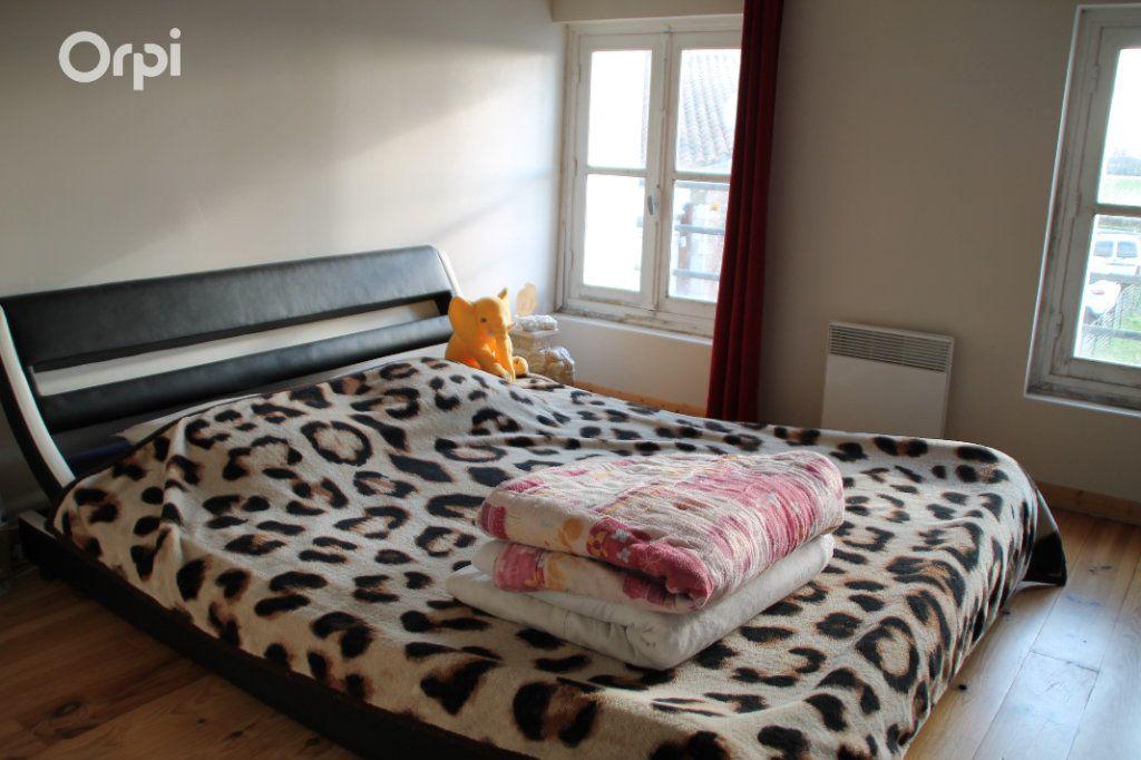 Maison à vendre 5 127m2 à Saint-Hippolyte vignette-8