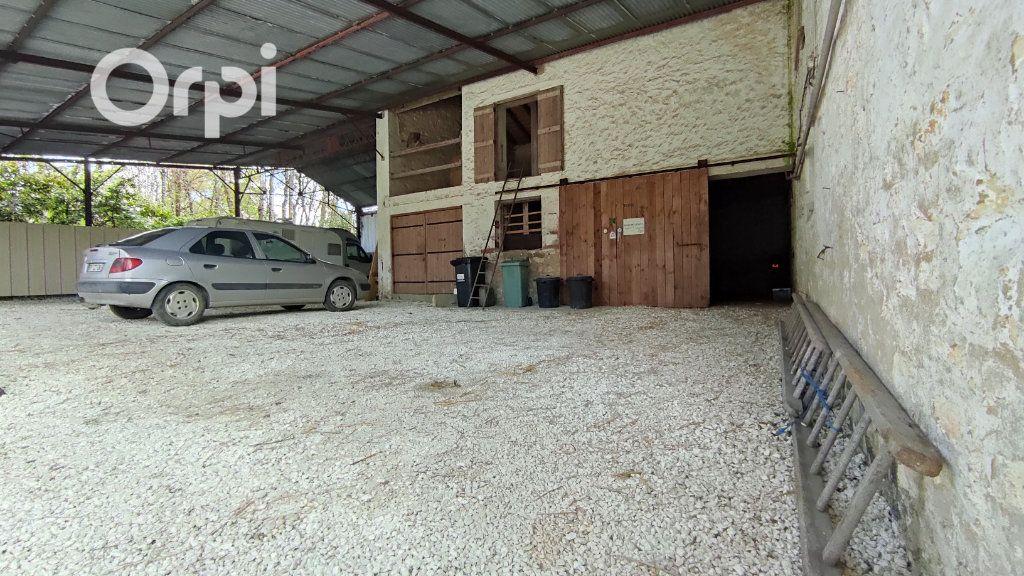 Maison à vendre 5 112m2 à Trizay vignette-13