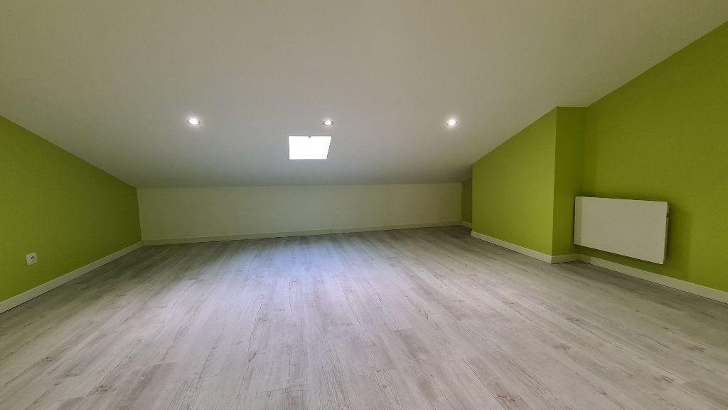 Appartement à vendre 4 75m2 à Rochefort vignette-6