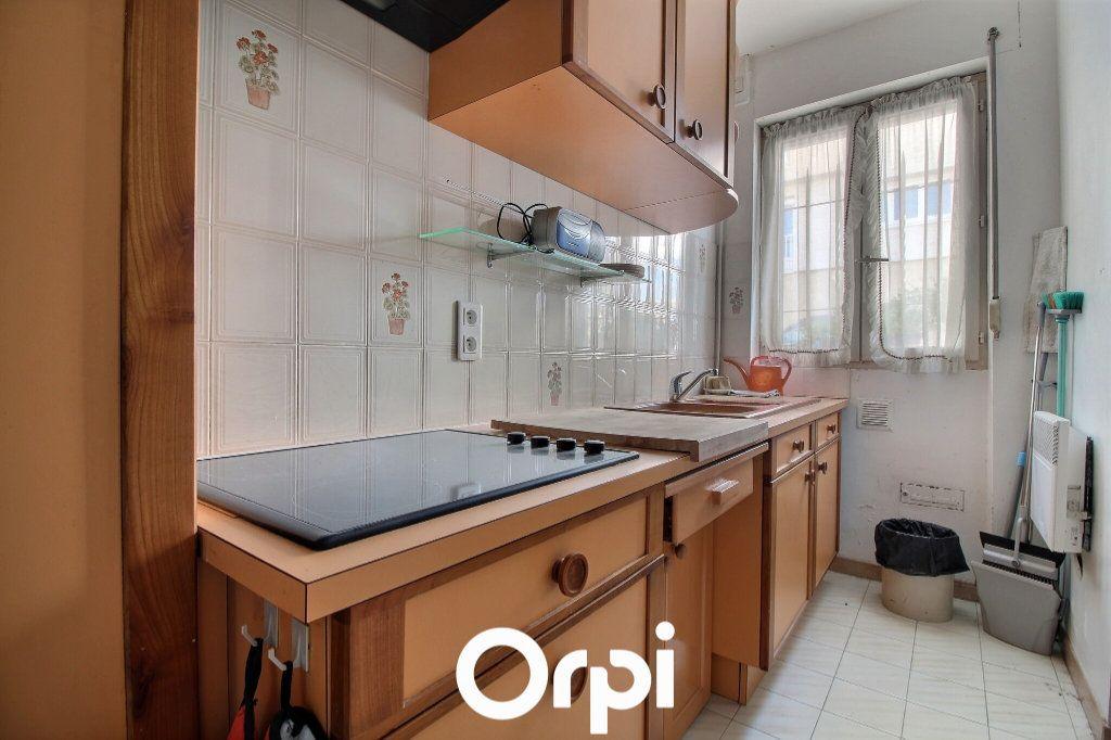 Maison à vendre 3 90m2 à Marseille 7 vignette-10