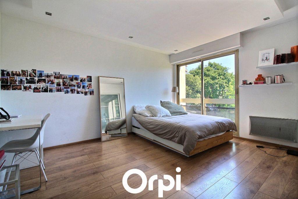 Appartement à vendre 4 125m2 à Marseille 8 vignette-5