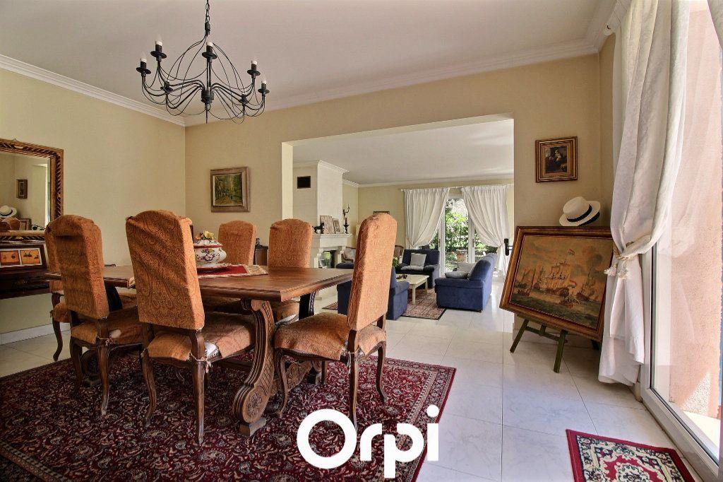 Maison à vendre 8 220m2 à Marseille 11 vignette-6