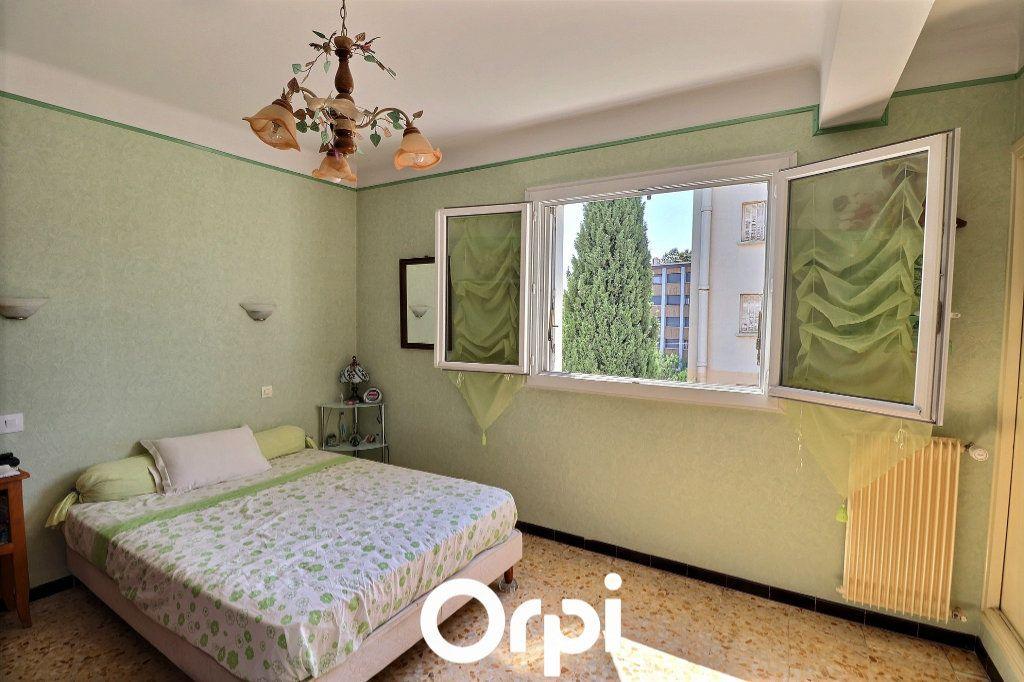 Appartement à vendre 3 70m2 à Marseille 14 vignette-5