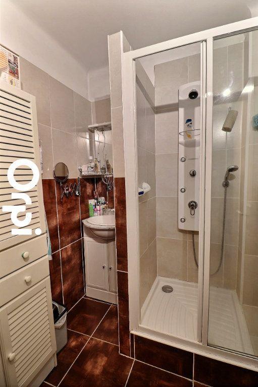 Appartement à vendre 3 70m2 à Marseille 14 vignette-6