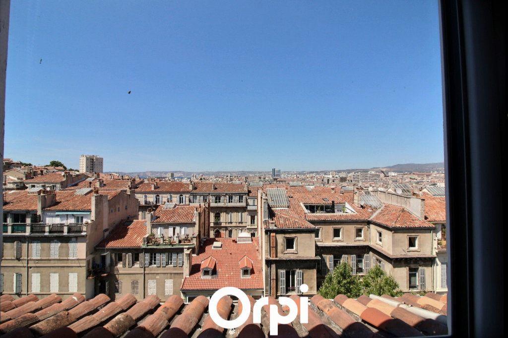 Appartement à louer 1 10m2 à Marseille 6 vignette-1