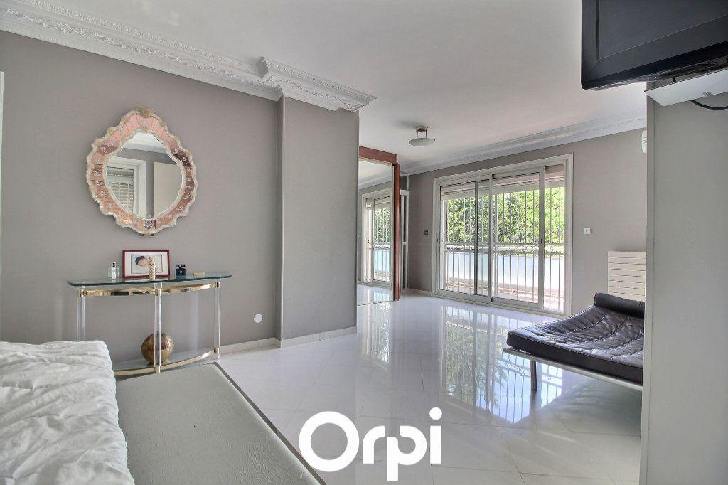 Maison à vendre 5 225m2 à Marseille 9 vignette-10