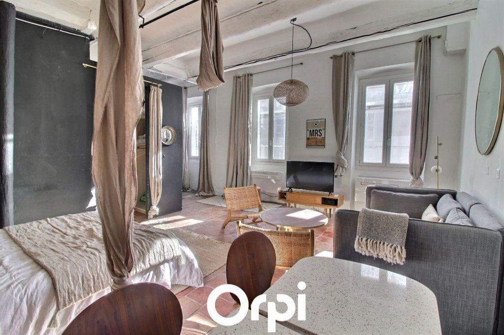 Appartement à louer 1 50m2 à Marseille 1 vignette-1